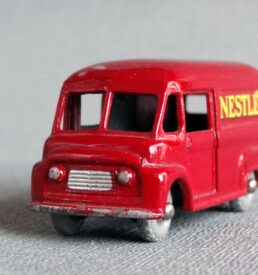 Matchbox 34 Nestle's Van