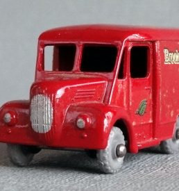 Matchbox 47 Brooke Bond Van
