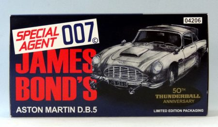 Corgi CC04206 James Bond Aston Martin DB5 James Bond Thunderball